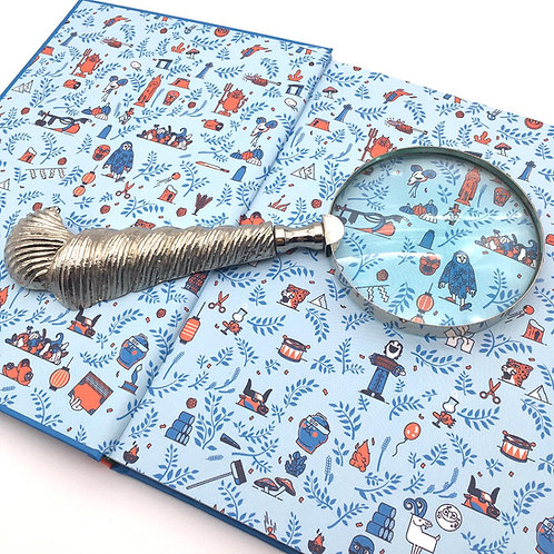 Shell Magnifying Glass