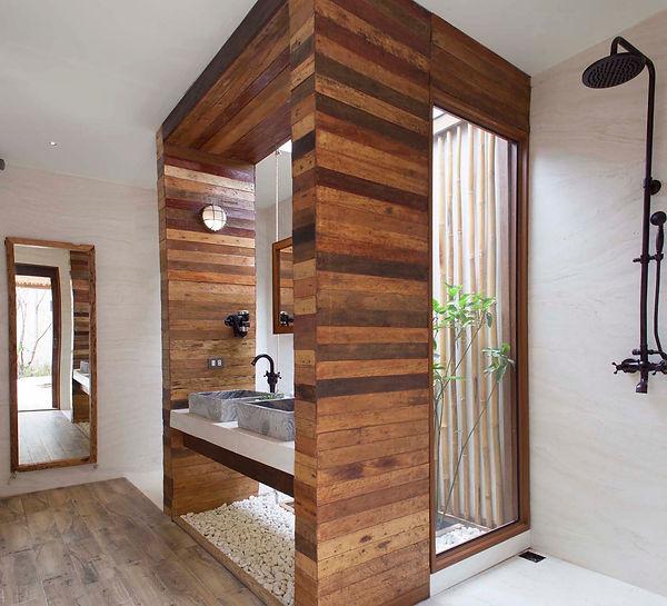 UBSP Pool Villa Bathroom 1.jpg