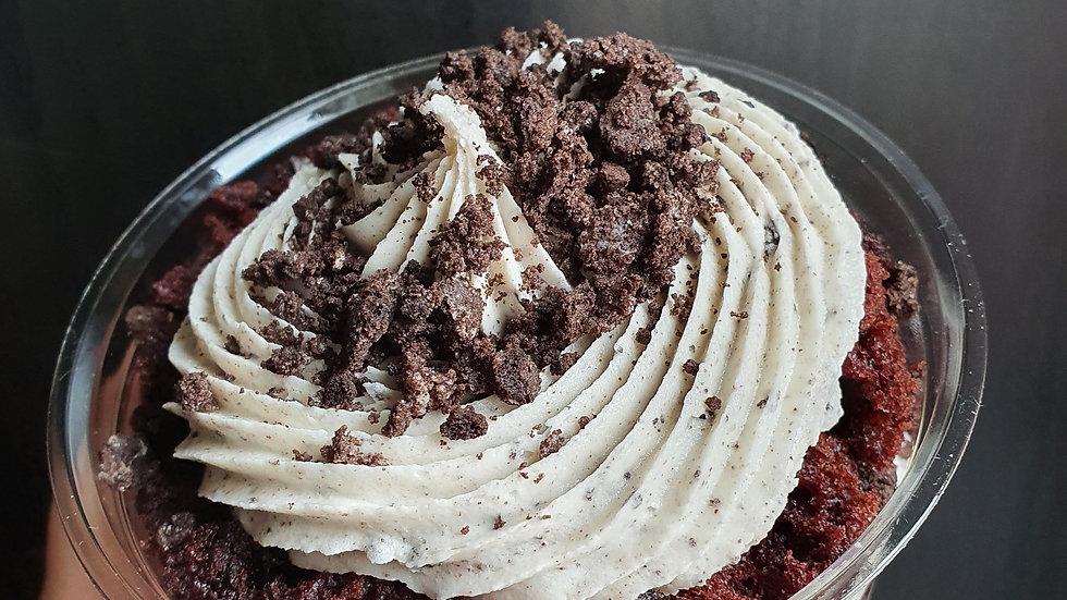 Cookies & Creme Cake Pot