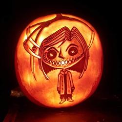 Coraline jack-o-lantern