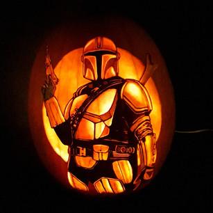 mando / mandalorian Pumpkin carving