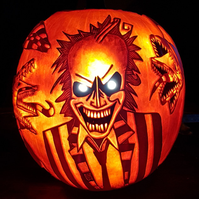 Pumpkin carving Beetlejuice