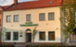 Polish bank built on Gold family's property