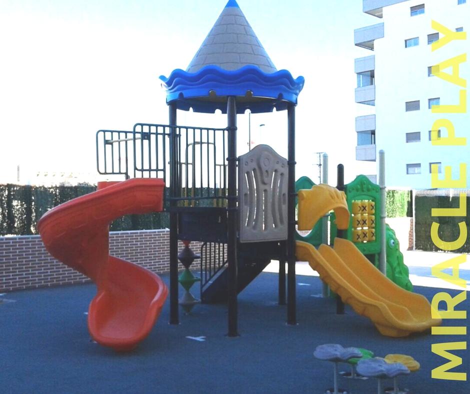 Colegio Kings College - Elche, España   Parques infantiles   Panamá ...
