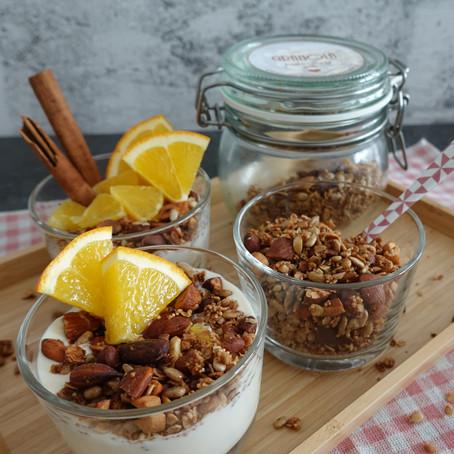 Nuss-Granola mit Mandeln und Cashewkernen