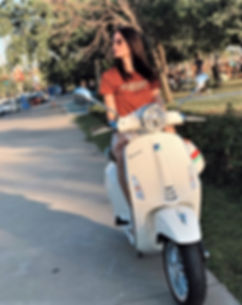 Hot Women and Scooters-Vespa Girls-Moped