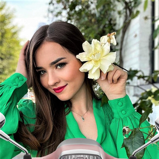 Hot Women and Scooters-Vespa Girls in Green 1.jpg