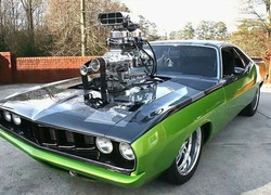 Hot Rods and Custom Car Engines1