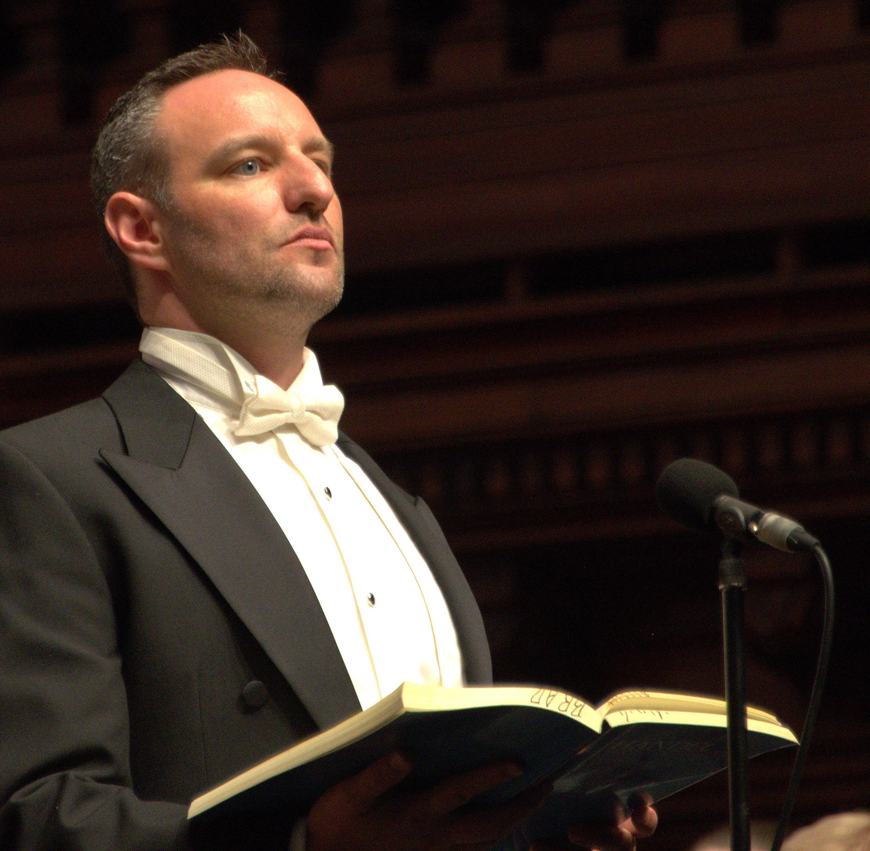 Brad Cooper tenor - Messiah at Sydney Town Hall 2