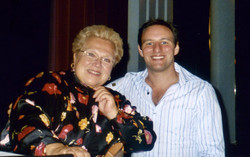 Bradley Cooper with Marilyn Horne 2004