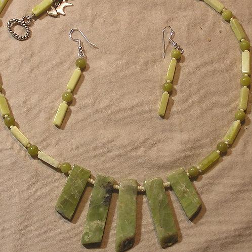 Olive Jade Fan Set