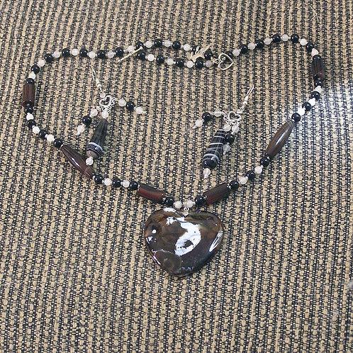 Brown & Cream Dragonvein Agate Heart Set