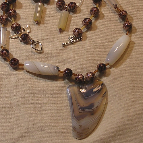Translucent White & Tan Cherry Quartz Lazy Heart Set
