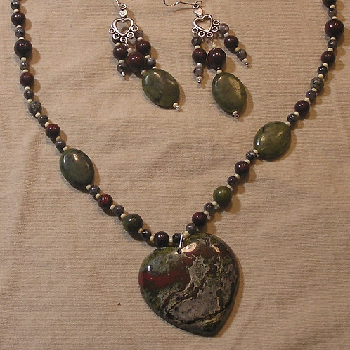 Maroon & Green African Bloodstone Heart Set