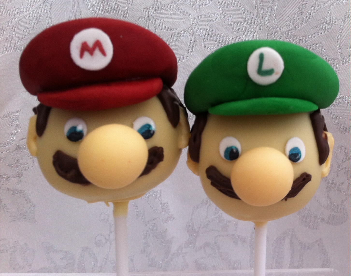 Character Cake Pops
