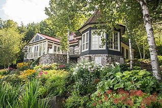 Real Estate Photography | Muskoka | Helen E. Grose