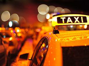 Taxi-Medellin-1024x681.jpg