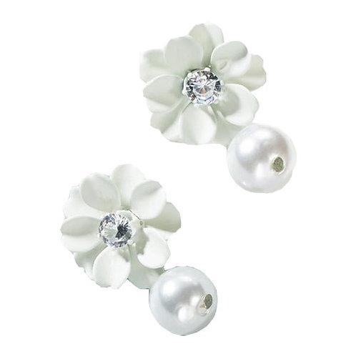 White Flower + Pearl Drop