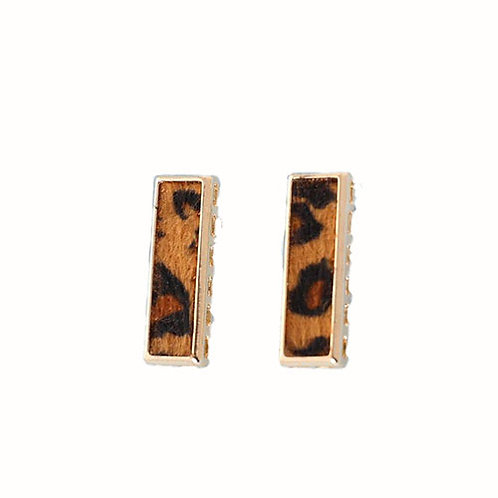 Long Leopard Bar Studs