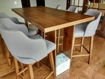 Mesa y sillas - Carpintería