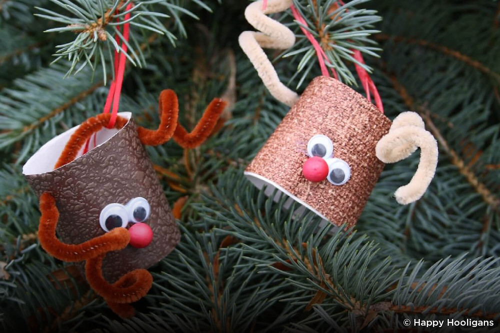 Reindeer made from toilet paper tubes