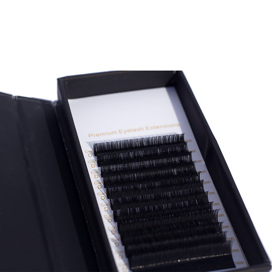 ML Pro Premium Eyelash Extensions - Thickness 0.03