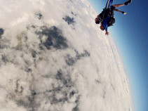 How to Skydive: A Complete Guide for the Person Who is Afraid of Everything