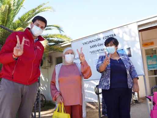 3 mil 500 personas mayores participaron del proceso en el primer día de vacunación en el Maule