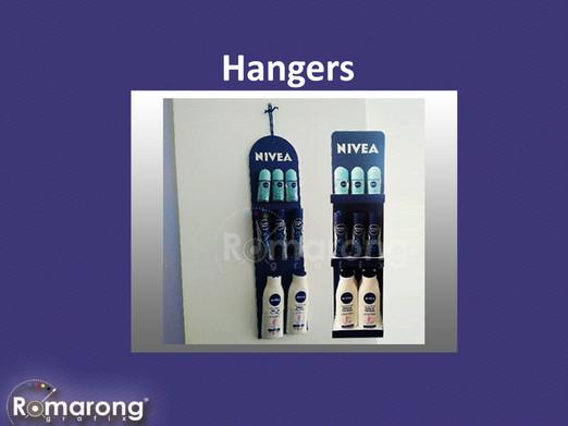 hangers 2..jpg
