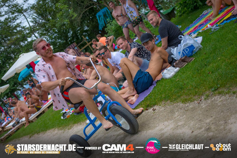 Pink-Lake-Festival-2019-Beachclub-36.jpg