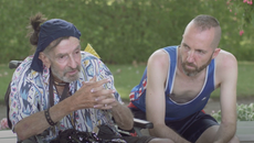 LGBTQ+ Pflege im Alter  |  ADAM B DANIELS