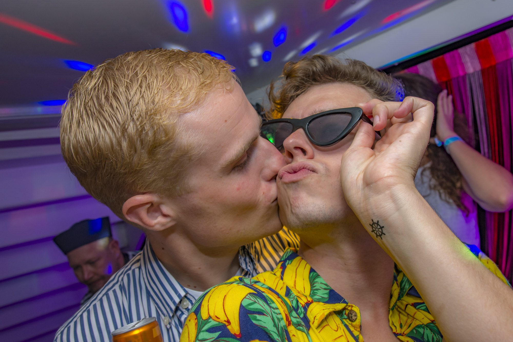 Pink-Lake-Boat-Cruise-Party-2019-184