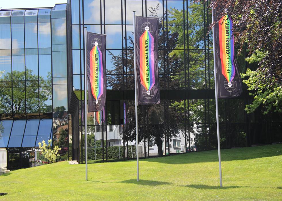 WARSTEINER zeigt Flagge