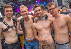 Amsterdam-Pride-03-08-2019-_0026_Hinterg