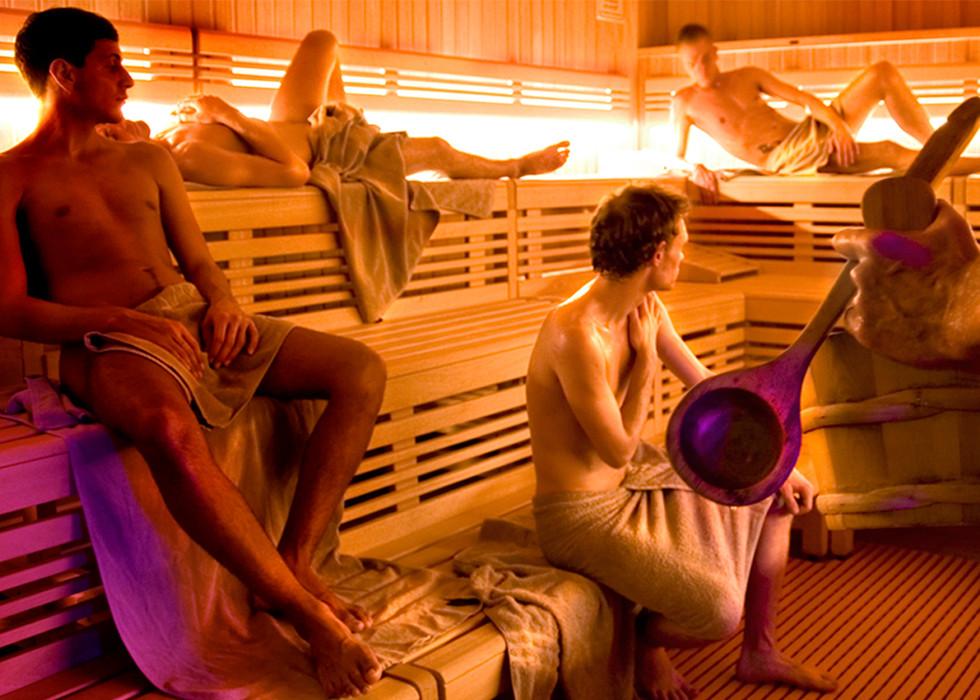 Finnische Sauna im Badehaus Babylon in Köln