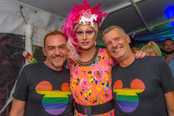 Pink-Lake-Boat-Cruise-Party-2019-23