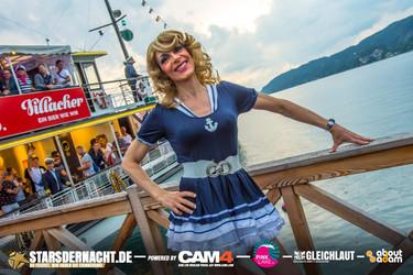 Pink-Lake-2019-Boat-Cruise-Boarding48.jp