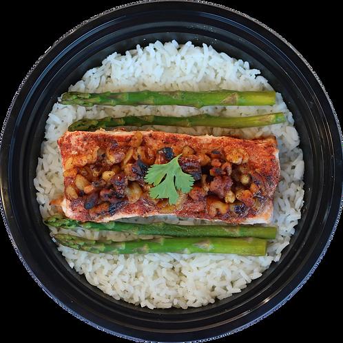 Walnut Salmon with Asparagus