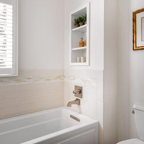 13_Bath_Crop.jpg