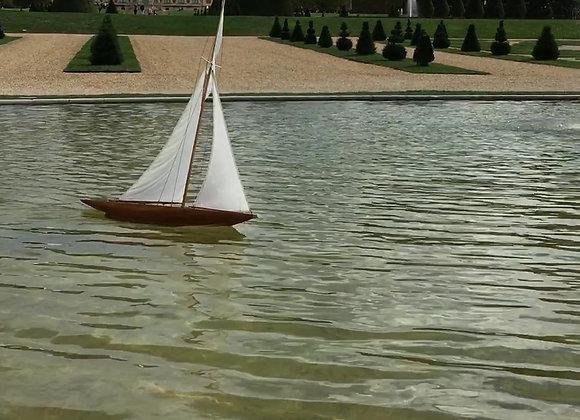 Bateau de bassin Desvaux