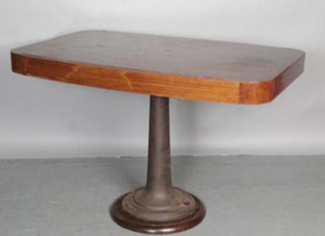 TABLE DE PAQUEBOT