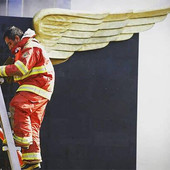 Historia de un bombero con alas