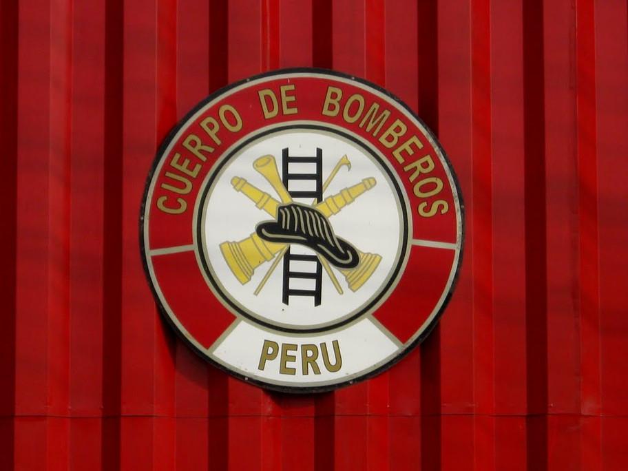 Plan para vacunar al bombero peruano