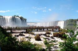 Cataratas-del-Iguazu-Lado-Brasilero-Pasarela1