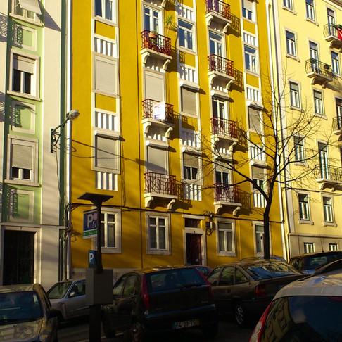 Av. Oscar Monteiro Torres em Lisboa - Pintura de fachadas