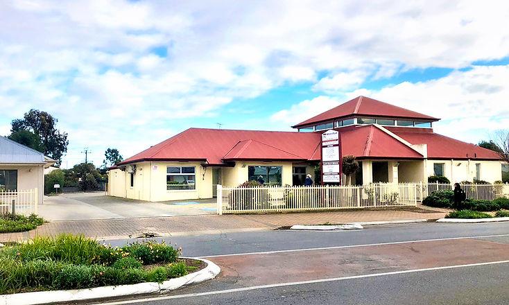Whites Road Medical Centre IMG_0161 V2e.