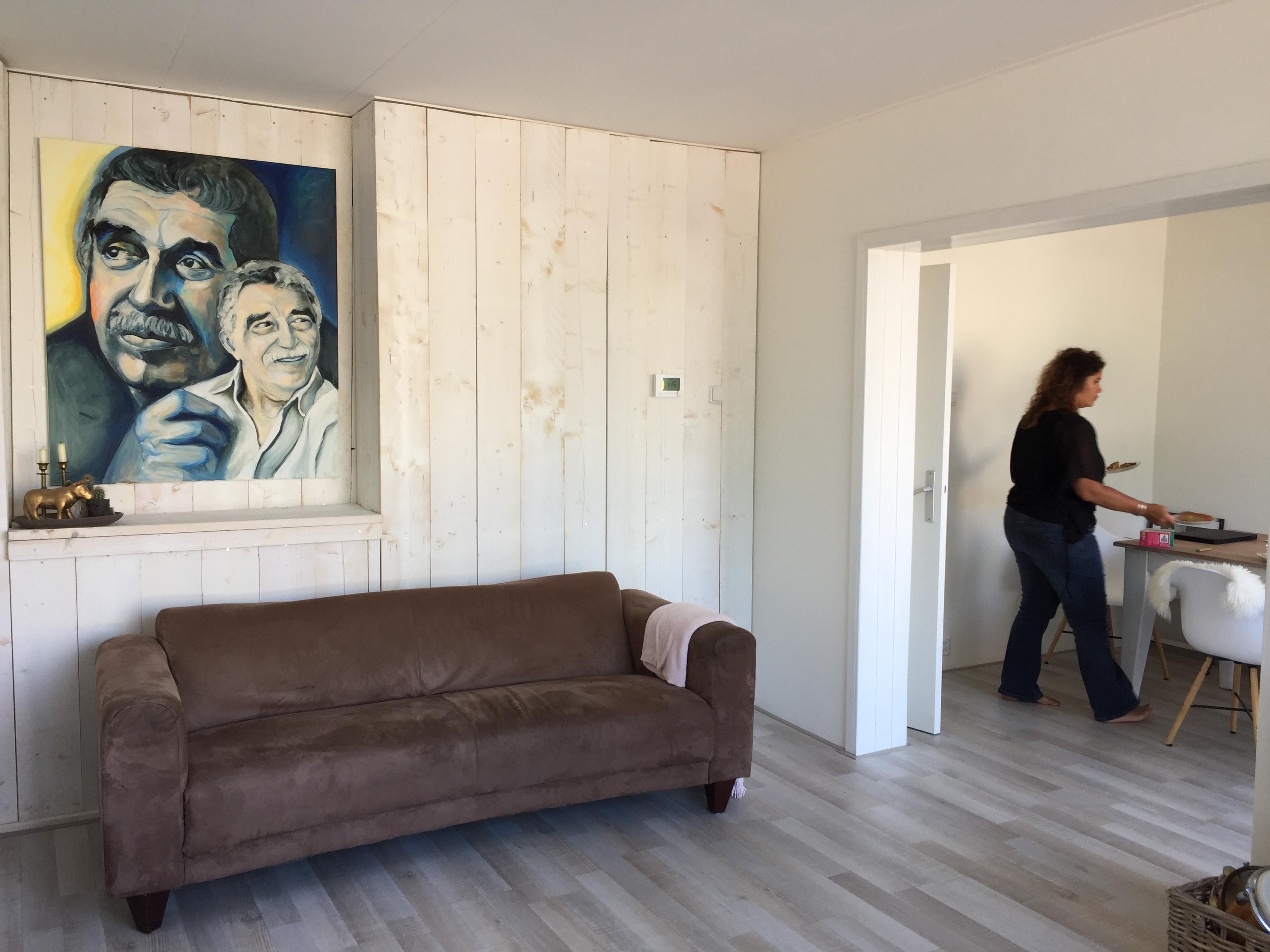 Schilderij bij klant aan de muur