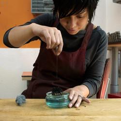 Mylinh Nguyen, tourneur sur métal