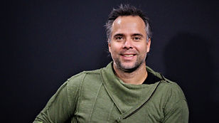 Fernando_Gonzalez_sobre_Garin.jpg