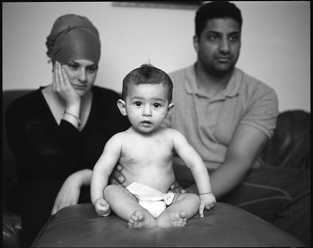 Umit, Yasemin & their child, 'I am your mirror' project, © Loredana Denicola, 2013/2014